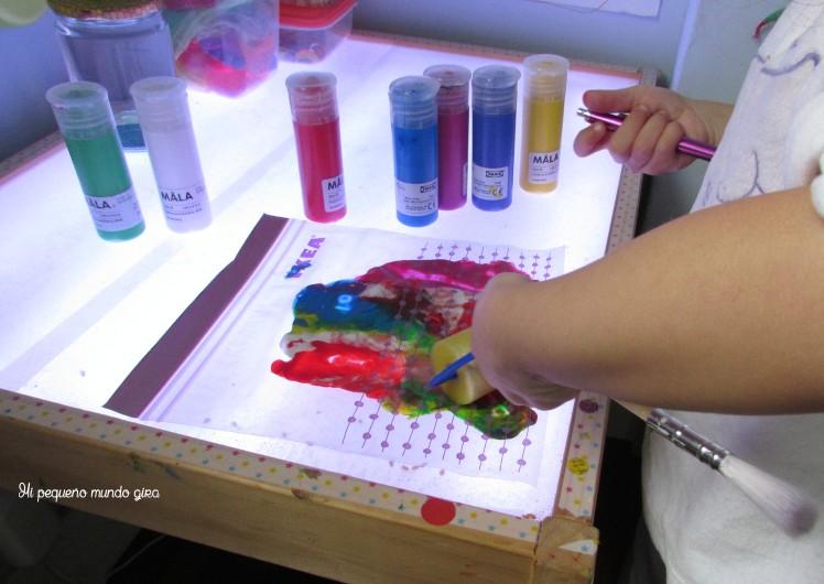 mezclar colores mesa luz