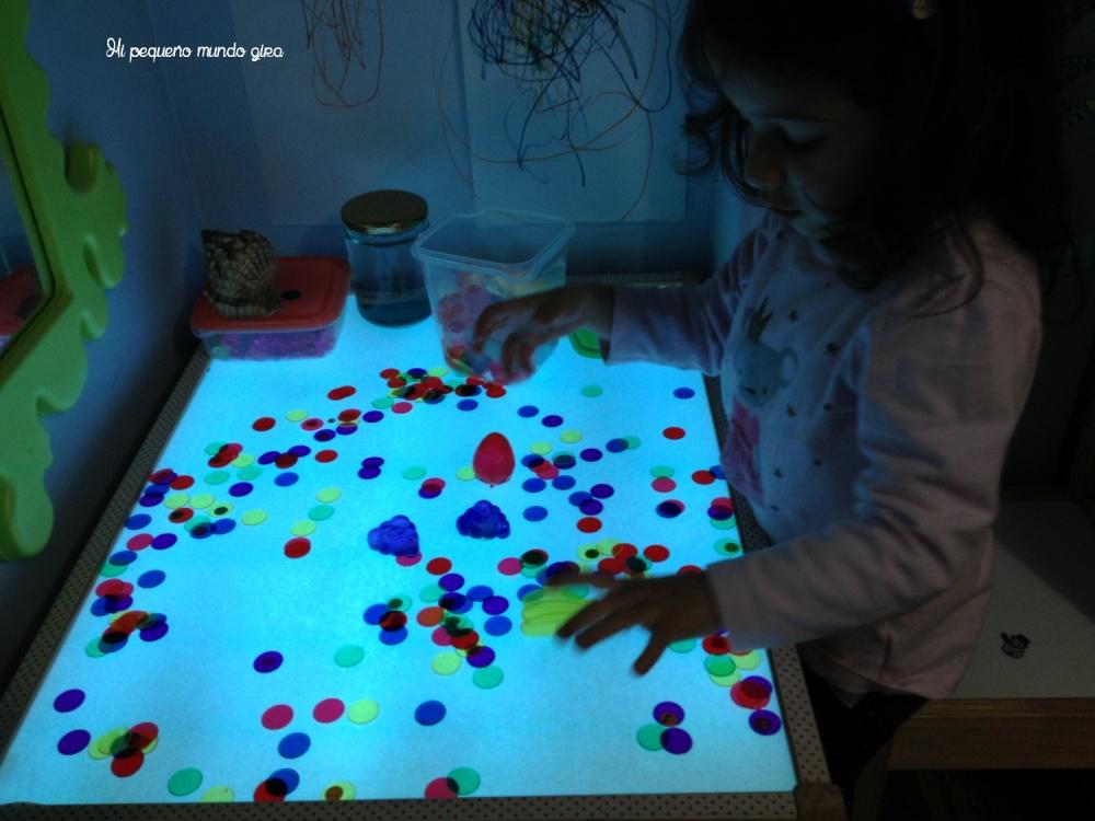 mesa de luz colores