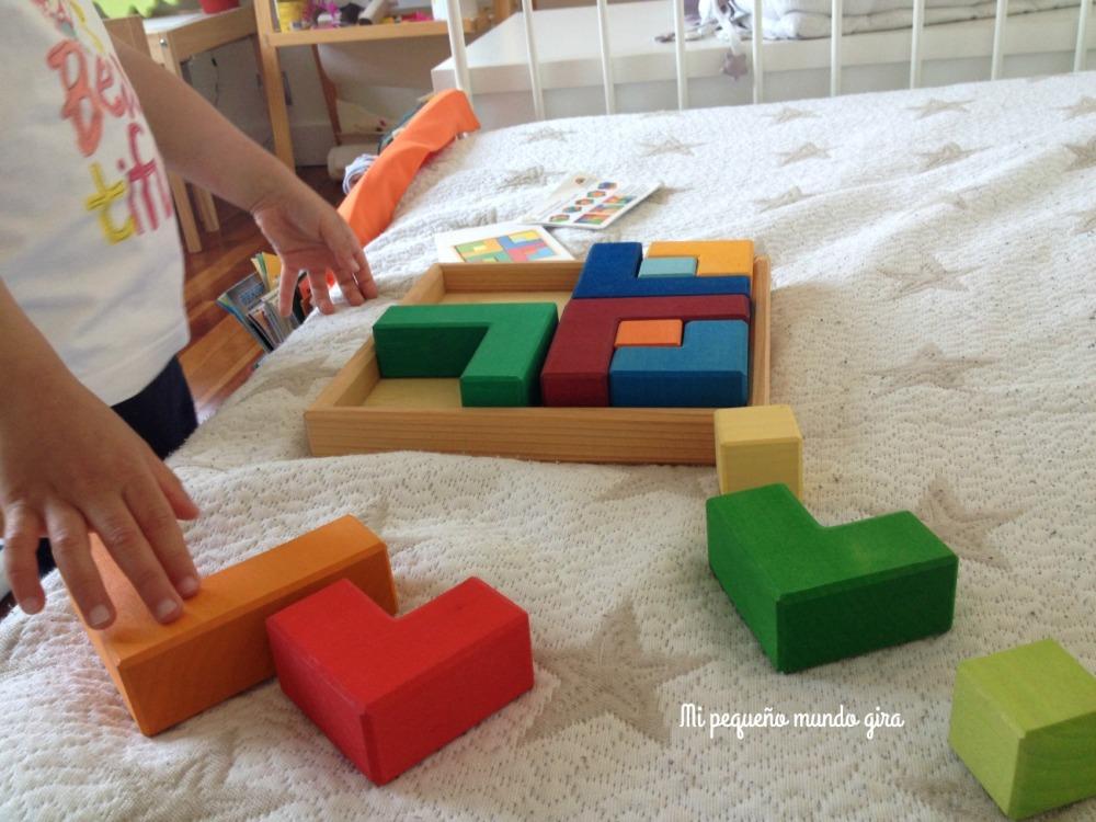 puzzle y cuadernillo mil formas