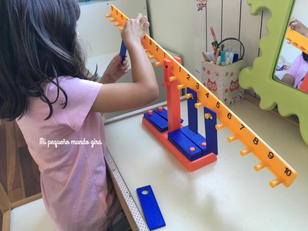 balanza numerica de material escolar Miniland